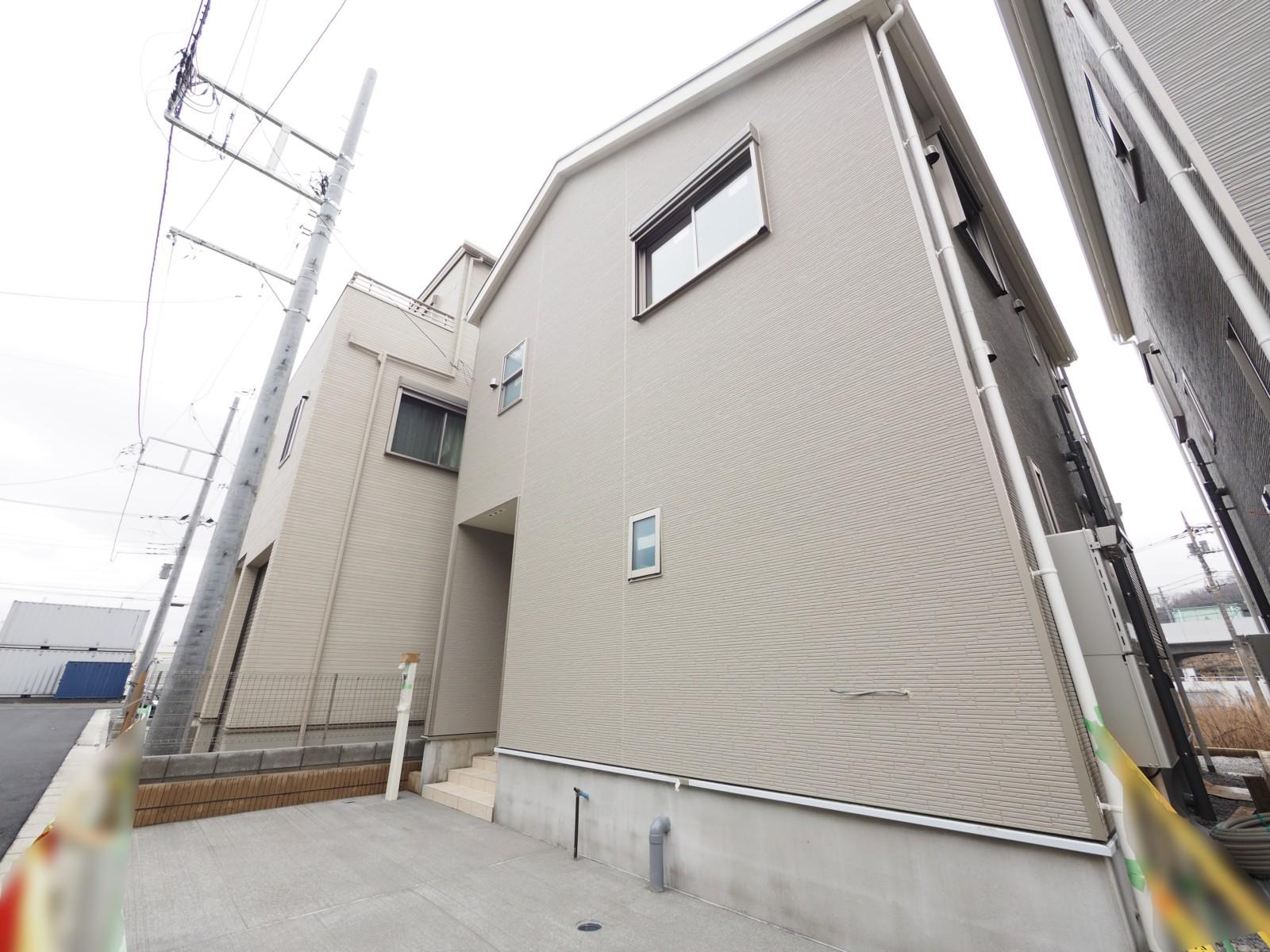 新築戸建 JR南武線「南多摩」駅徒歩5分・対面キッチンでリビング18帖の4LDK・全室2面採光 イメージ